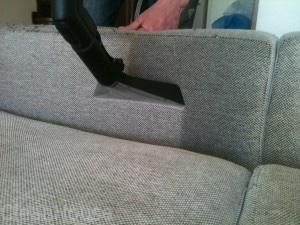 Химчистка углового дивана на дому в Москве и подмосковье