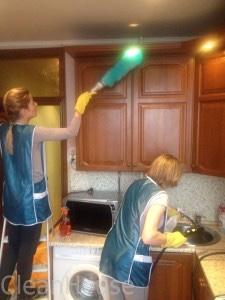 Уборка квартиры специалистами клининговой компании Clean House