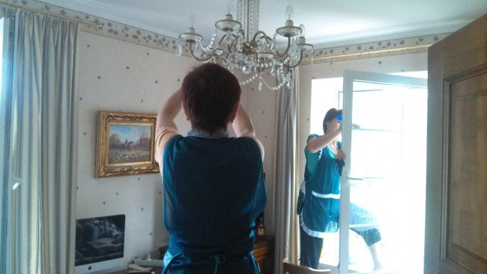 химчистка на дому мягкой мебели Зеленоград цена