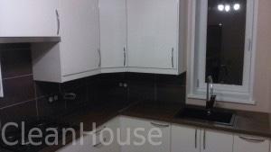 Результат уборки кухни после ремонта специалистами клининговой компаниеи Clean House