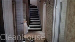 Лестница до уборки специалистами Clean House