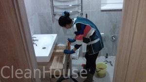 Уборка деревянного дома после ремонта клининговой компанией CleanHouse