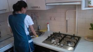 Домработница, мытье раковины от компании CleanHouse