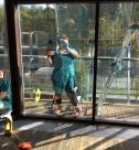 Уборка коттеджей после ремонта, мытье окон в помещении от специалистов клининговой компании Clean House