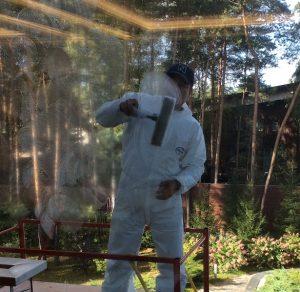 Как удалить клей со стекла