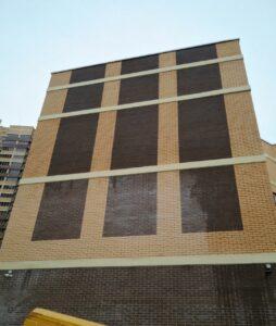 Мытье фасада от высолов от Clean House